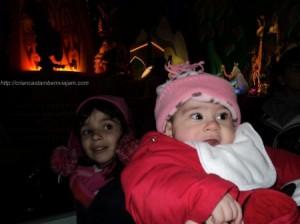 Iaiá (05 anos) e Ninoca (04 meses) na Eurodisney. Será que elas estavam gostando?